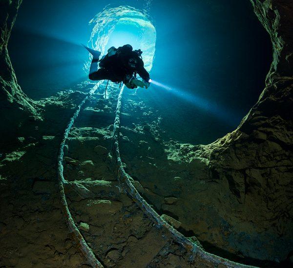 Caves & Mines